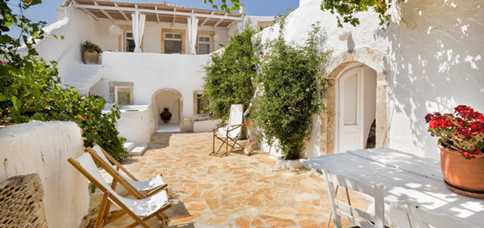 10 serene and stunningly beautiful Mediterranean patios