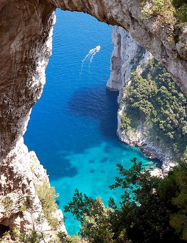 Romantic getaway the island of capri italy my cosy for Isle of capri tours