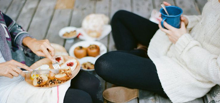 Gorgeous fall picnic ideas to inspire you for the weekend
