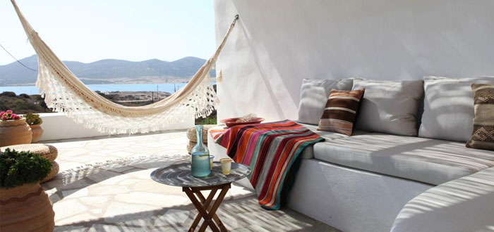 A colorful Greek holiday villa on the island of Antiparos