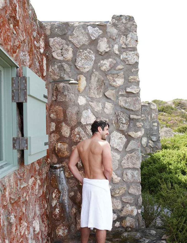 13 awesomely inspiring outdoor bathroom designs   My Cosy Retreat