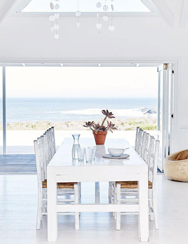 A fabulous white beachfront house in South Africa | My Cosy Retreat